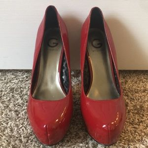 Size 11 Red Guess heels
